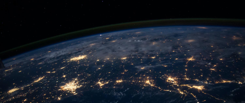 Satellitenfoto der Erde bei Nacht